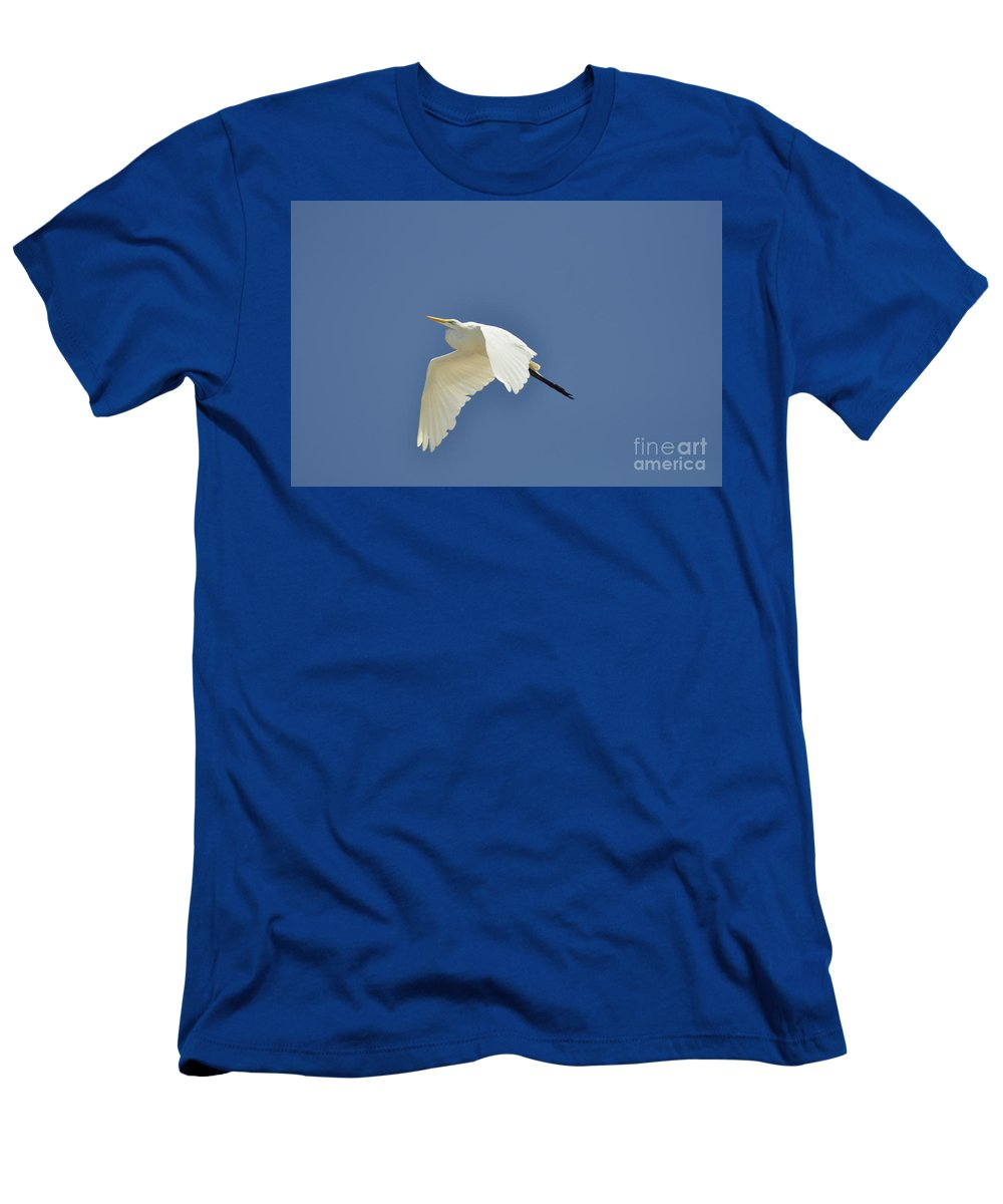 Clay Men's T-Shirt (Athletic Fit) featuring the photograph In Flight by Clayton Bruster