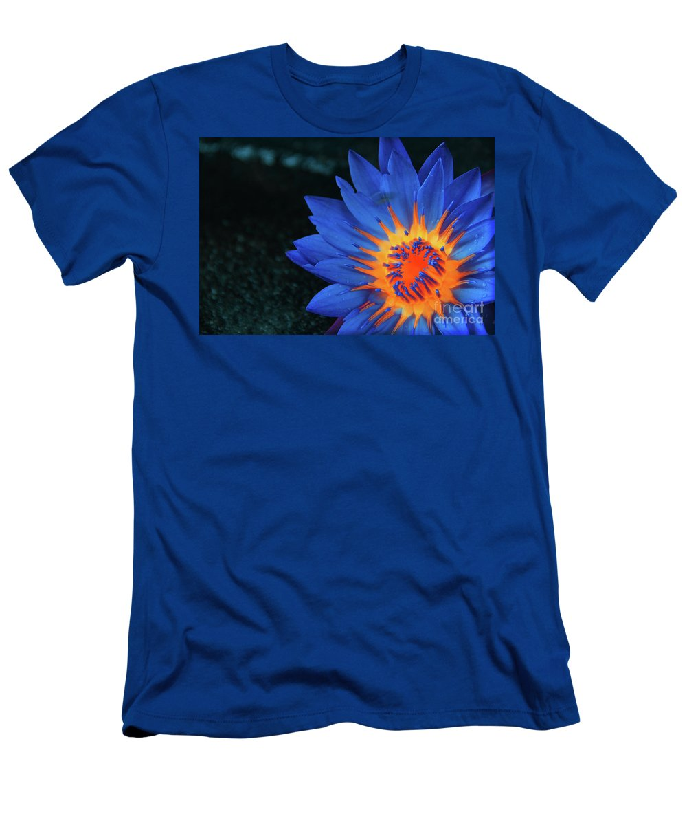 Flowers Men's T-Shirt (Athletic Fit) featuring the photograph Inside Flames by Prar Kulasekara