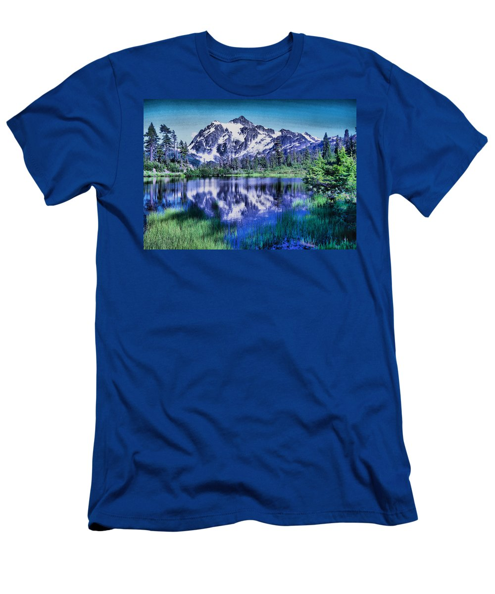 Mount Shuckson Men's T-Shirt (Athletic Fit) featuring the photograph Mount Shuksan And Picture Lake by Jeff Swan