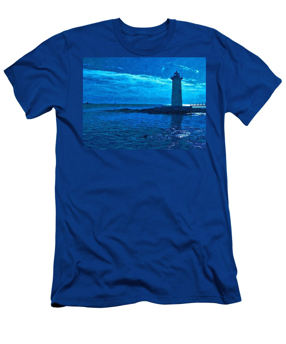 New England Lighthouse Men's T-Shirt (Athletic Fit) featuring the photograph Portsmouth Harbor Lighthouse by Nancie DeMellia