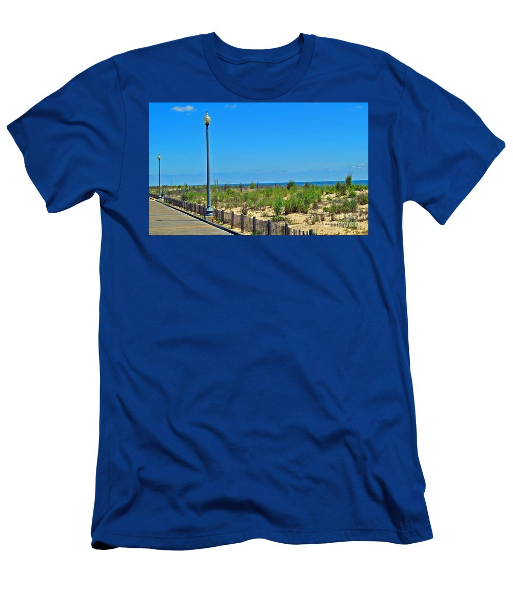 Rehoboth Men's T-Shirt (Athletic Fit) featuring the photograph Posts Of The Sea by Jost Houk
