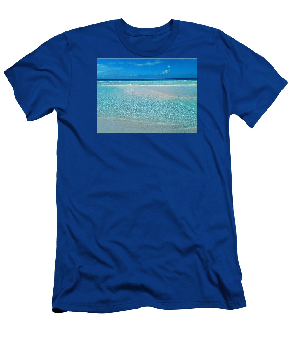 Ocean Men's T-Shirt (Athletic Fit) featuring the photograph Reflection by Kayla Powell