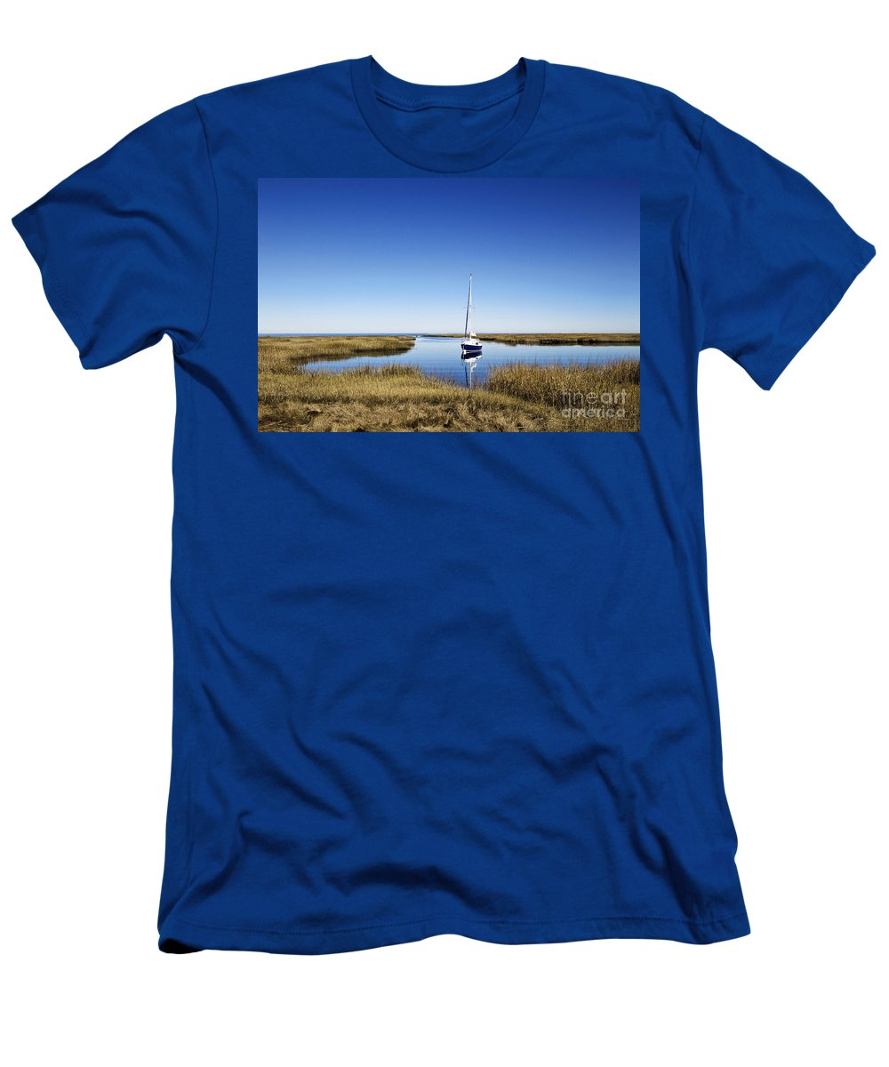 Massachusettes Men's T-Shirt (Athletic Fit) featuring the photograph Sailboat On Cape Cod Bay by John Greim
