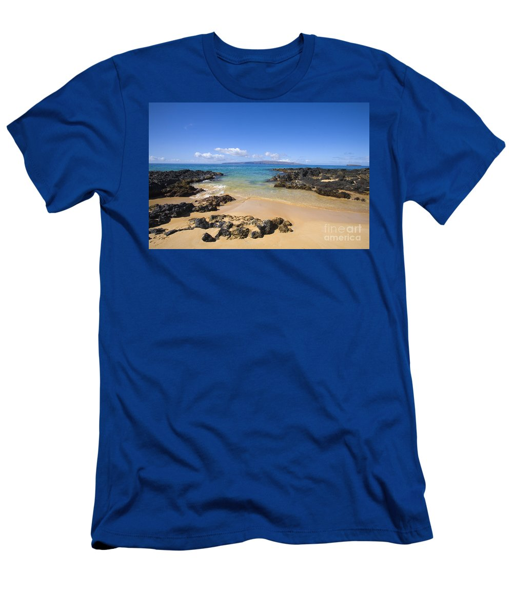 Beach Men's T-Shirt (Athletic Fit) featuring the photograph Secret Beach Of Kahoolawe And Molokini by Ron Dahlquist - Printscapes