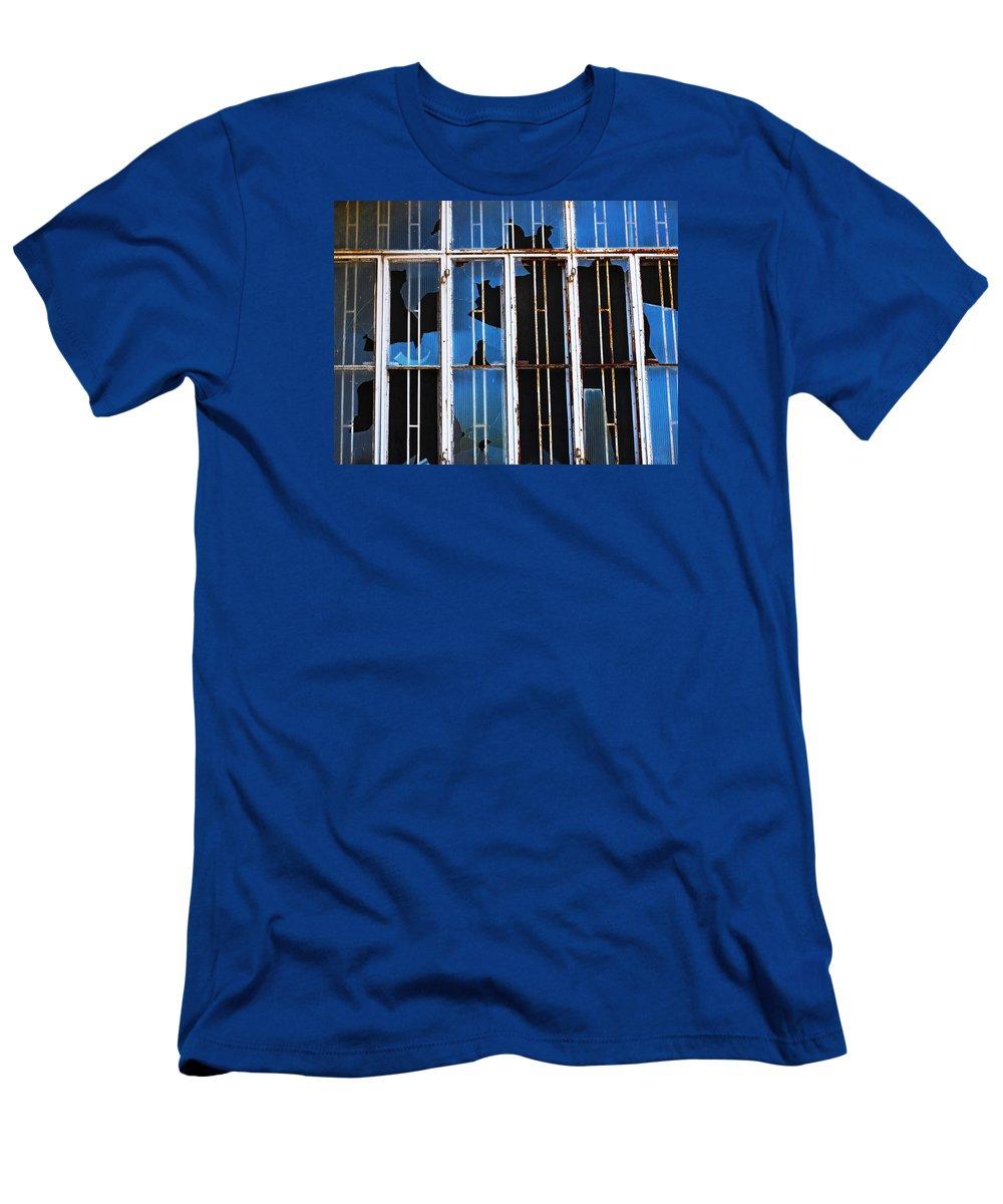 Minimal Men's T-Shirt (Athletic Fit) featuring the photograph She Stood Still by Prakash Ghai