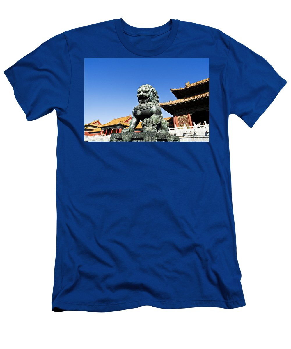 Angle Men's T-Shirt (Athletic Fit) featuring the photograph The Forbidden Palace by Ray Laskowitz - Printscapes
