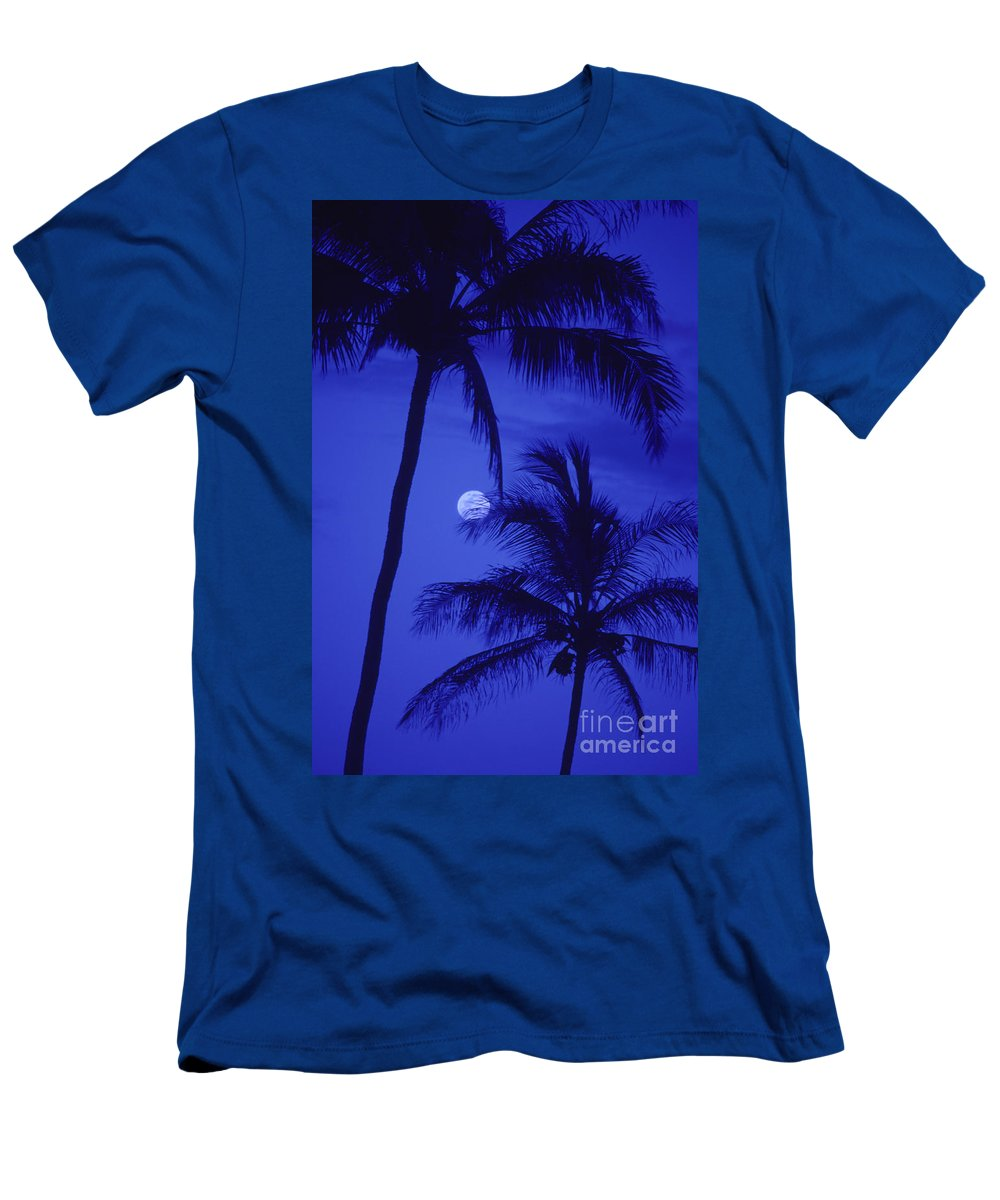 Blue Men's T-Shirt (Athletic Fit) featuring the photograph Two Palms by Ron Dahlquist - Printscapes