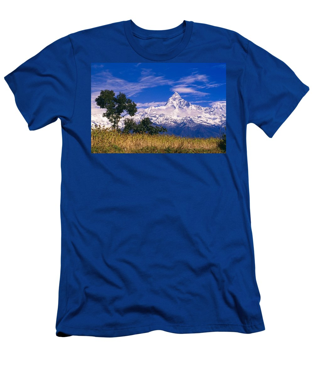 Beauty In Nature Men's T-Shirt (Athletic Fit) featuring the photograph View Of Machhapuchhare From Sarangkot by Bilderbuch