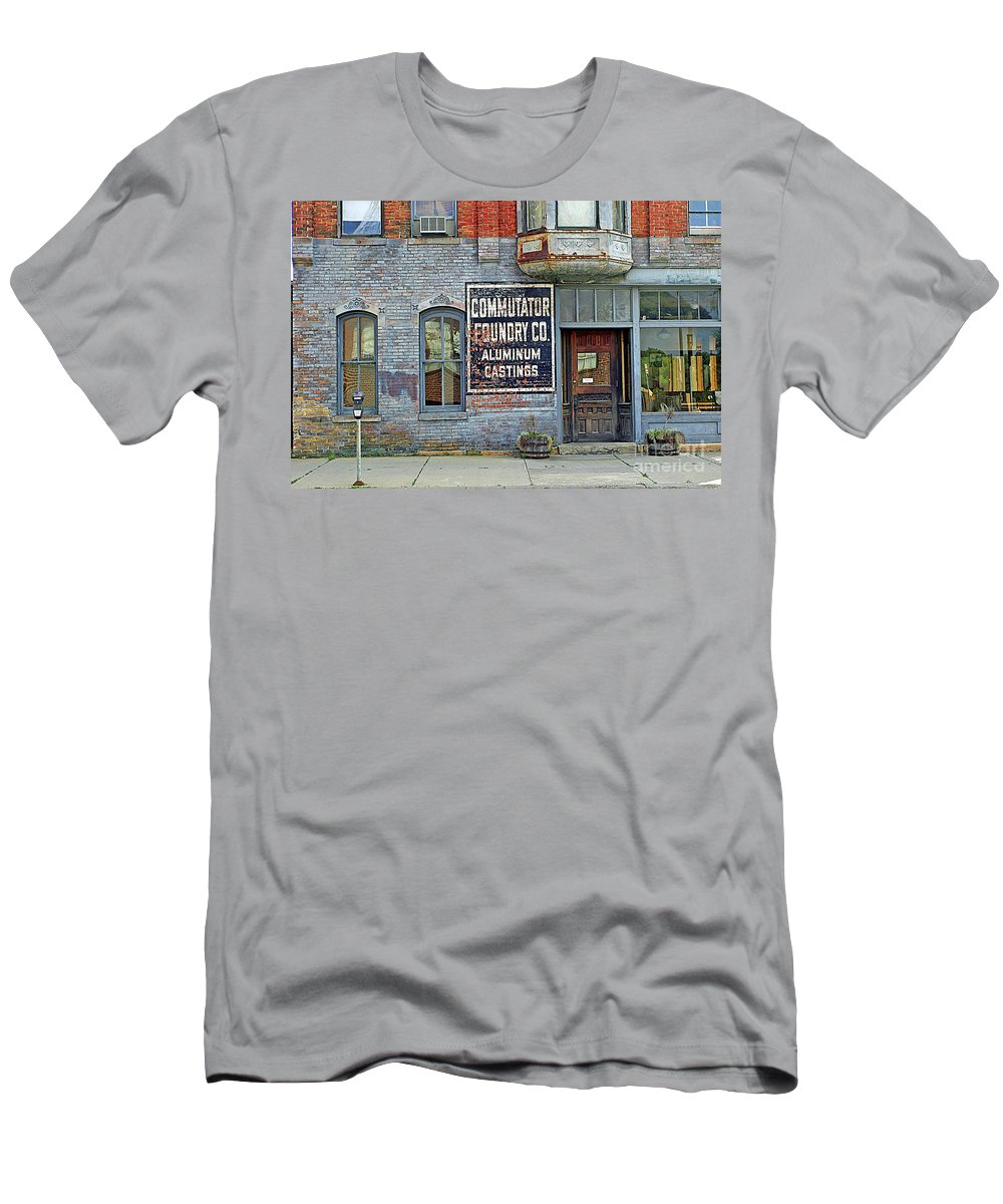 Urban Men's T-Shirt (Athletic Fit) featuring the photograph 0605 Old Foundry Building by Steve Sturgill