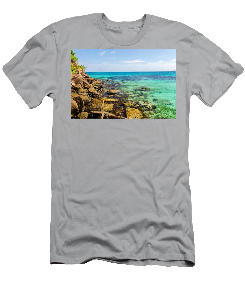 Bay Men's T-Shirt (Athletic Fit) featuring the photograph Caribbean Sea View by Jess Kraft