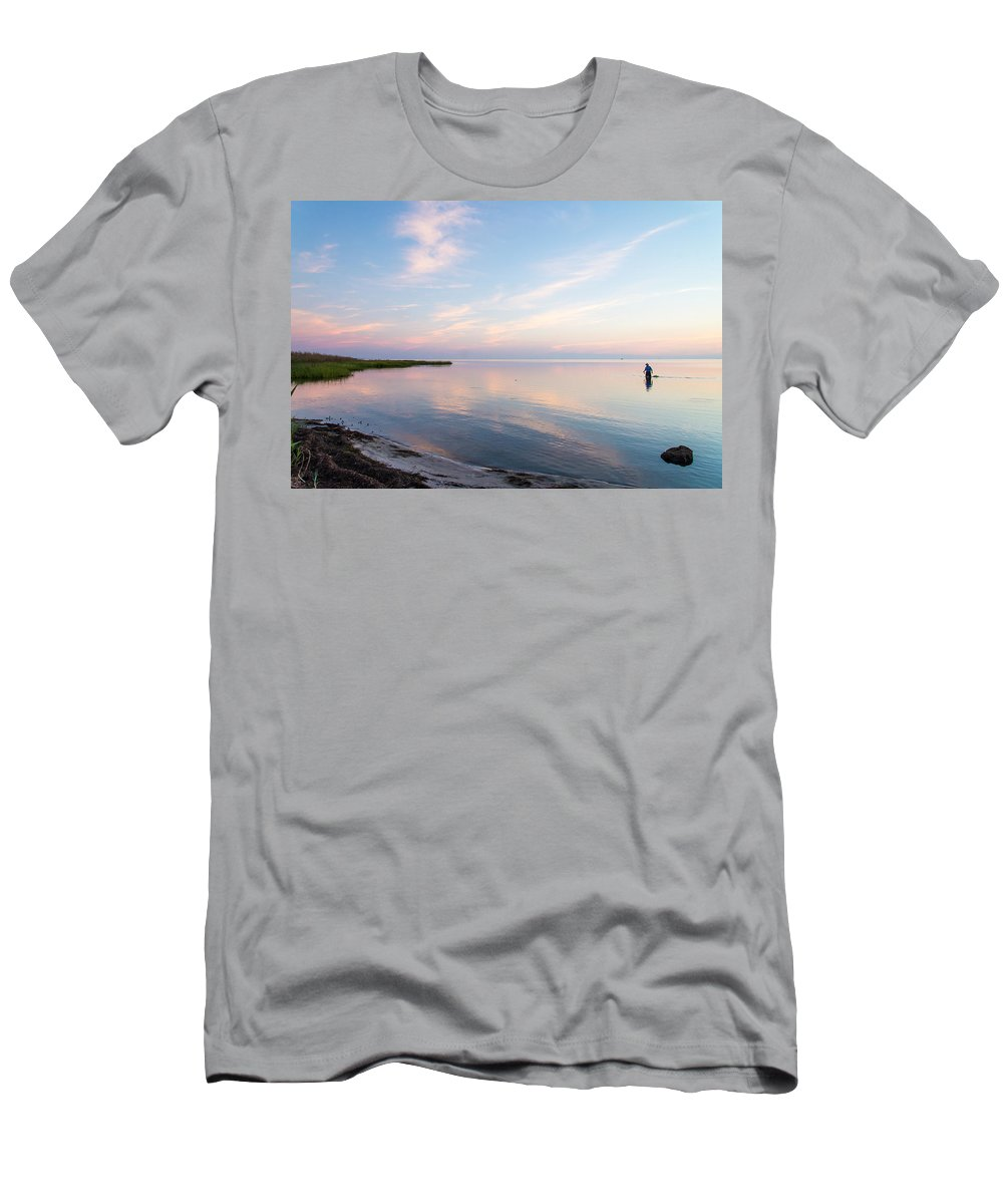 North Carolina Men's T-Shirt (Athletic Fit) featuring the photograph Sunset In The Sound by Stacy Abbott