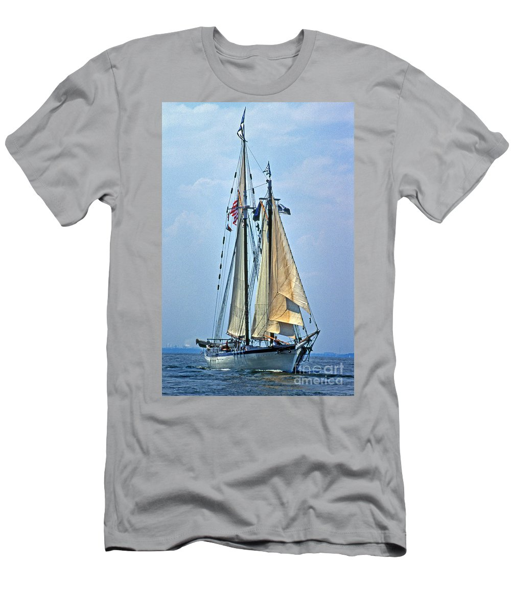 Sailing Gear Men's T-Shirt (Athletic Fit) featuring the photograph Tall Ship Harvey Gamage by Skip Willits