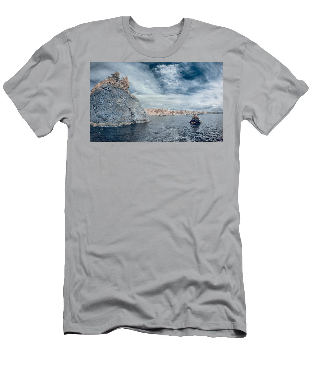 Infrared Men's T-Shirt (Athletic Fit) featuring the photograph Trinidad Shoreline by Greg Nyquist