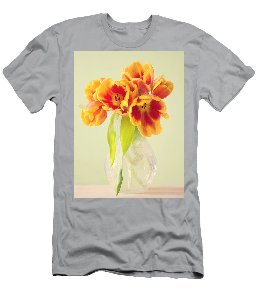 Tulpe Men's T-Shirt (Athletic Fit) featuring the pyrography Tulips by Steffen Gierok