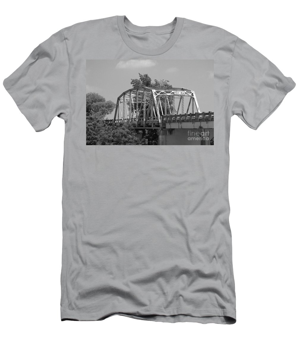 Iron Men's T-Shirt (Athletic Fit) featuring the photograph 15 Feet 8 Inches by Gary Richards