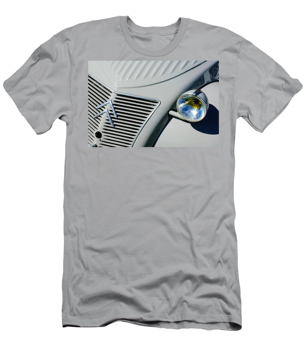 1956 Citroen 2cv Grille Men's T-Shirt (Athletic Fit) featuring the photograph 1956 Citroen 2cv Grille -0081c by Jill Reger