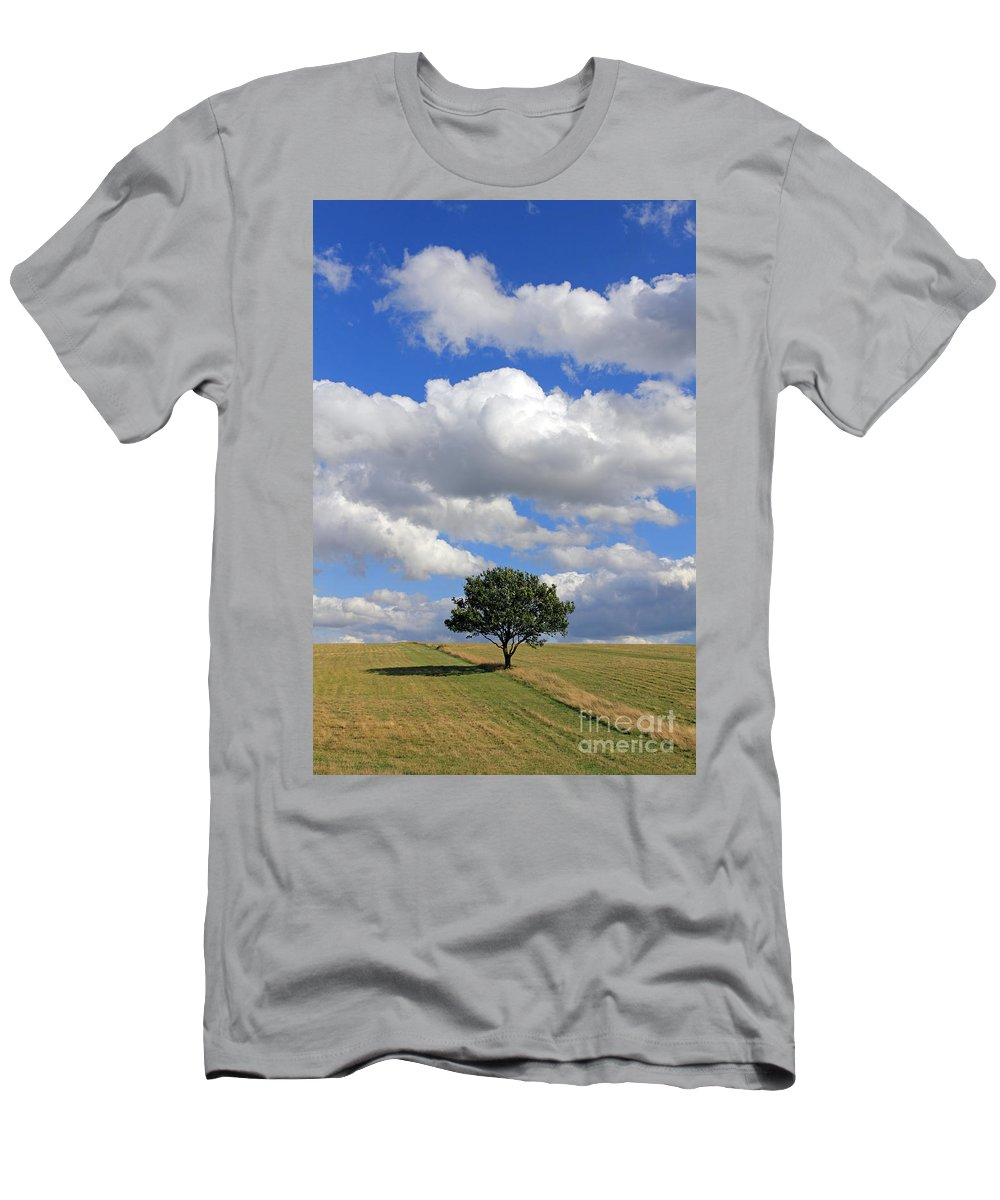 Dramatic Clouds And The Tree Epsom Downs Surrey England Uk English British Britain Landscape Countryside Wow Fluffy Cloud Single Lone Depth Cumulus White Blue Sky Skies Drifting Men's T-Shirt (Athletic Fit) featuring the photograph Dramatic Clouds And The Tree by Julia Gavin