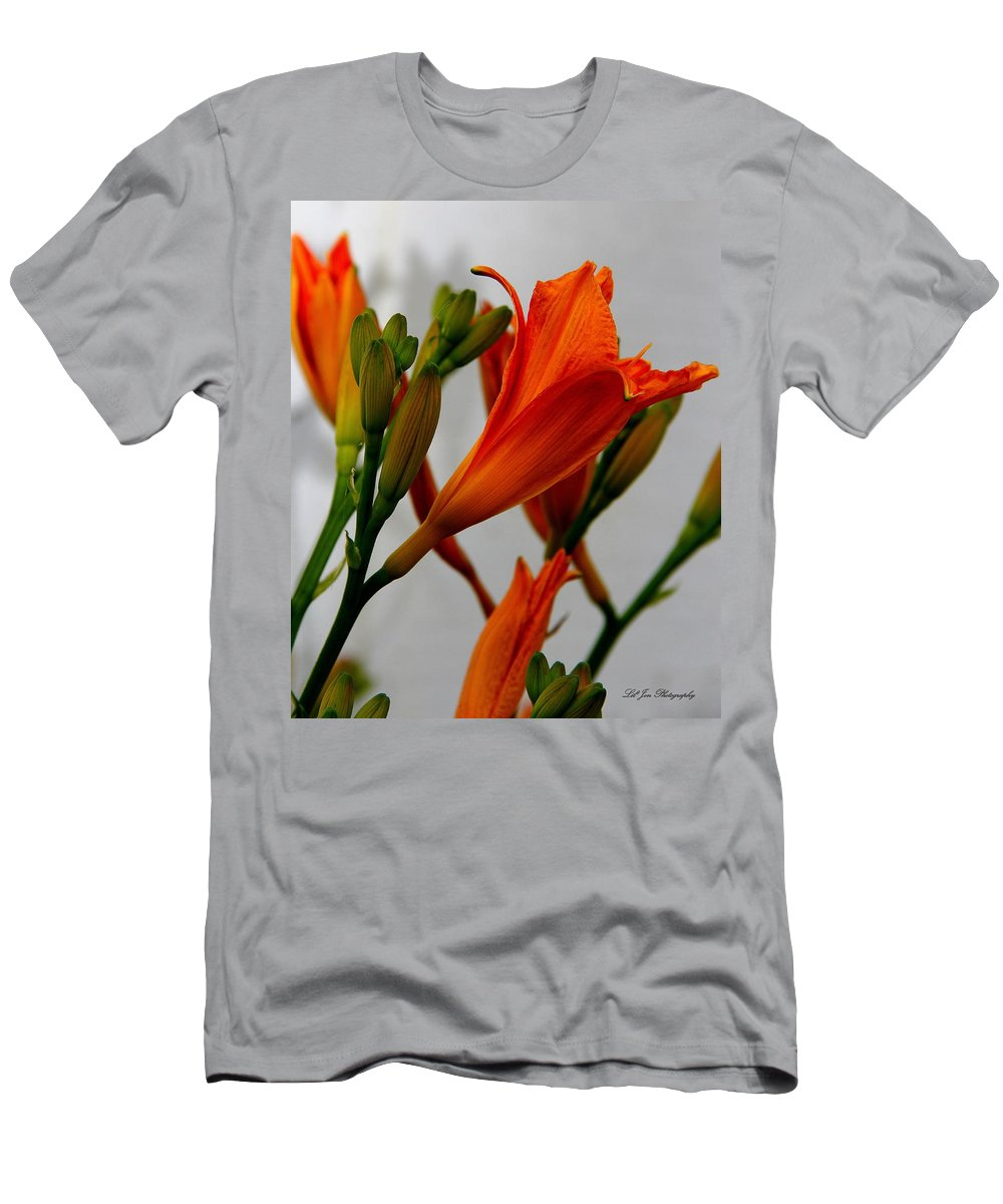 Lily Men's T-Shirt (Athletic Fit) featuring the photograph 2013 Day Lilies by Jeanette C Landstrom