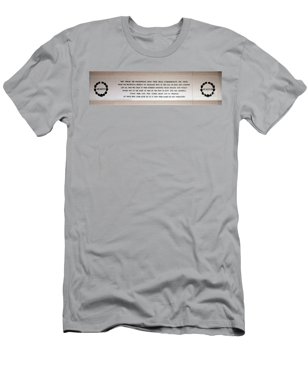 Anzac Day Men's T-Shirt (Athletic Fit) featuring the photograph Anzac Day 2014 Auckland by Gee Lyon