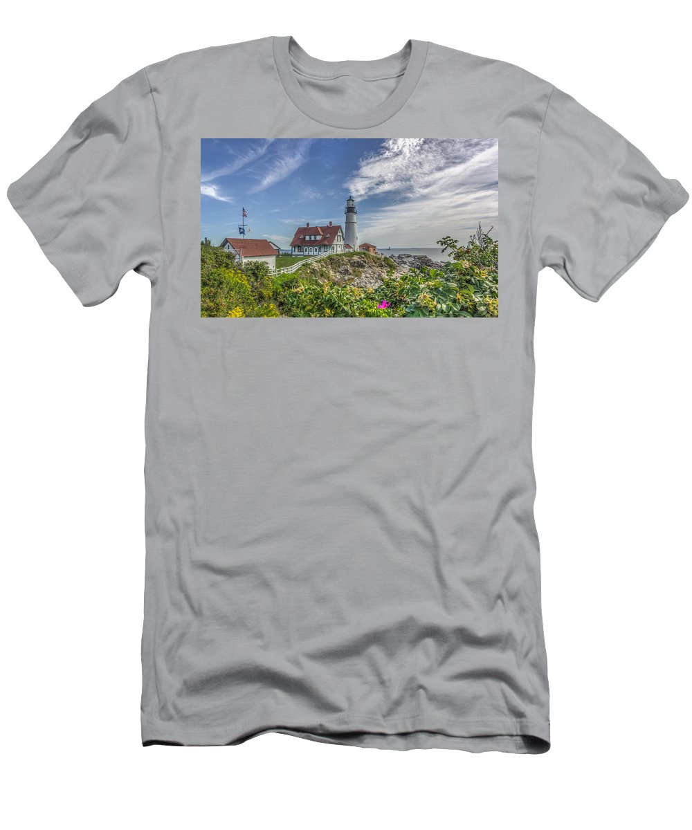 Maine Men's T-Shirt (Athletic Fit) featuring the photograph Portland Headlight by Jane Luxton