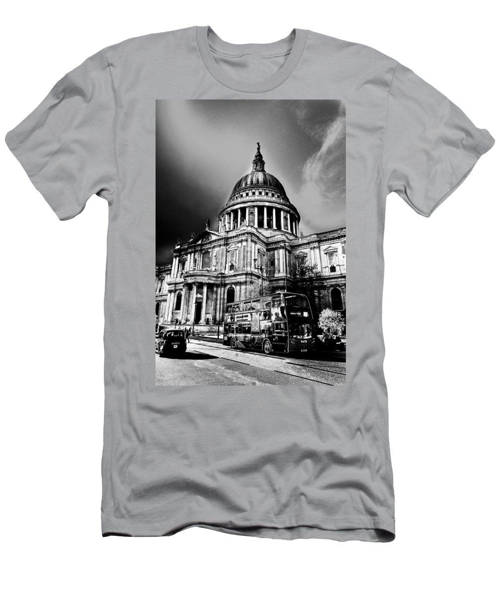 St Pauls Men's T-Shirt (Athletic Fit) featuring the digital art St Pauls Cathedral London Art by David Pyatt