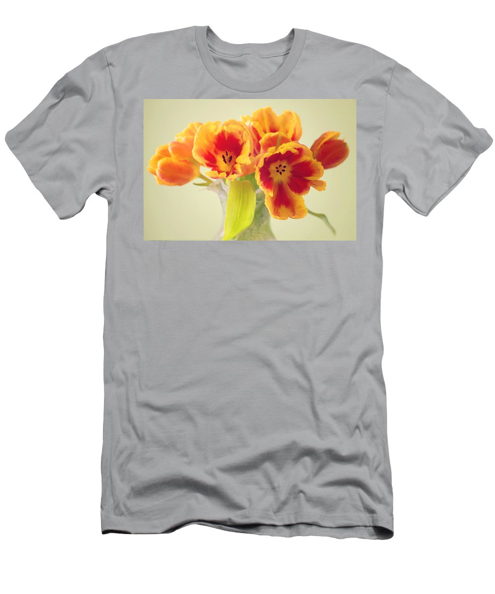 Tulpe Men's T-Shirt (Athletic Fit) featuring the pyrography Tulip by Steffen Gierok