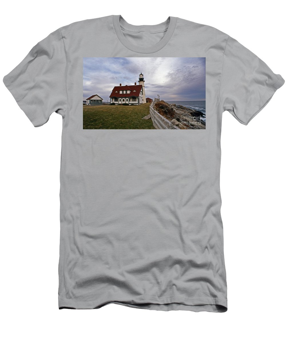 Lighthouses Men's T-Shirt (Athletic Fit) featuring the photograph Portland Head Lighthouse by Skip Willits
