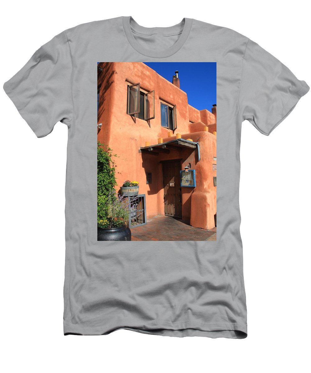 66 Men's T-Shirt (Athletic Fit) featuring the photograph Santa Fe Adobe Building by Frank Romeo