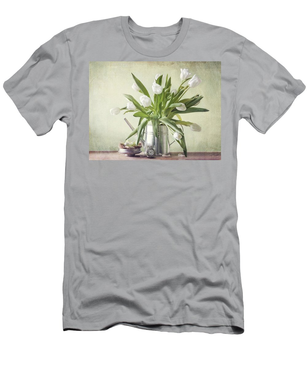 Tulpen Men's T-Shirt (Athletic Fit) featuring the pyrography Waiting For Spring by Steffen Gierok