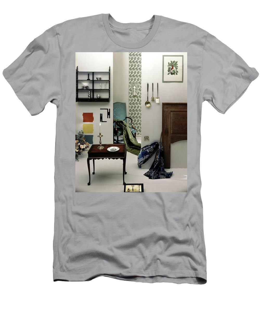 Virginia Men's T-Shirt (Athletic Fit) featuring the photograph A Living Room Designed By Raleigh Tavern by Herbert Matter