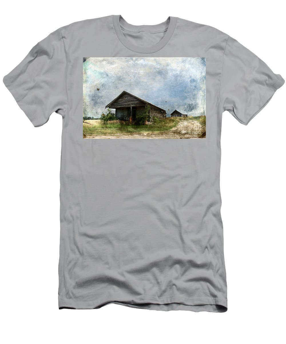 Abandoned Farm Home - Kansas Men's T-Shirt (Athletic Fit) featuring the photograph Abandoned Farm Home - Kansas by Liane Wright