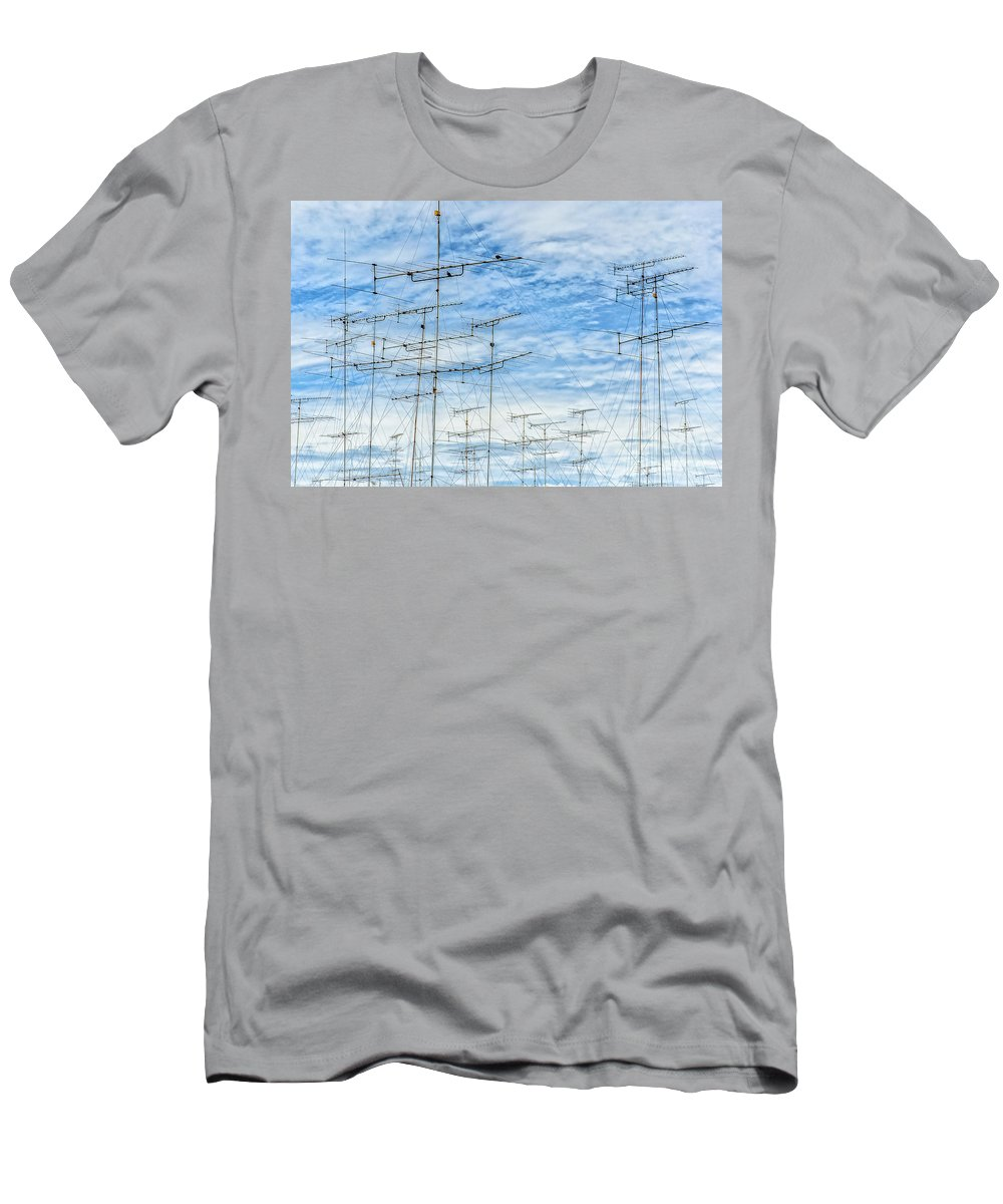Aerial Men's T-Shirt (Athletic Fit) featuring the photograph Analog Television Aerials by Antony McAulay