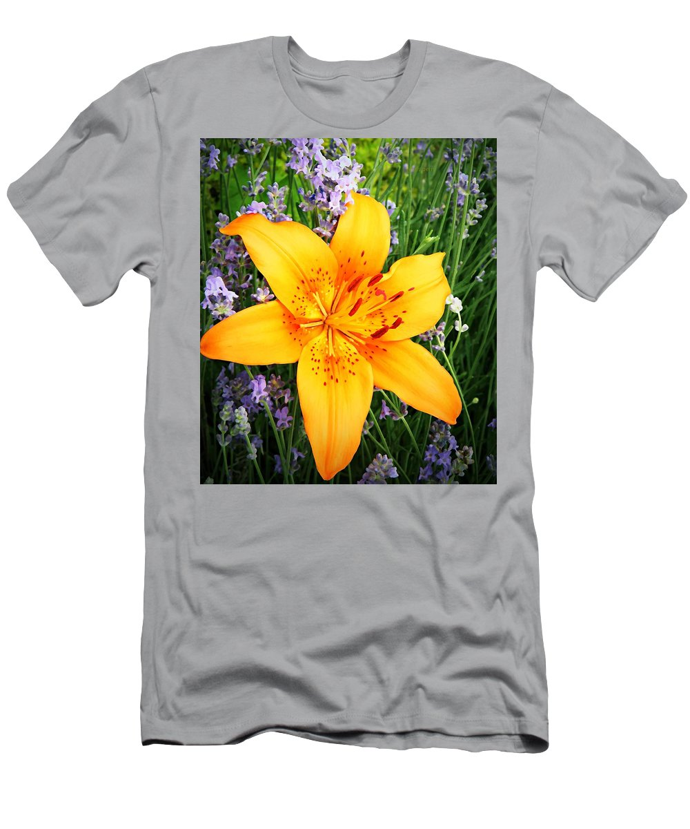 Lily Men's T-Shirt (Athletic Fit) featuring the photograph Asiatic With Lavender by Chris Berry
