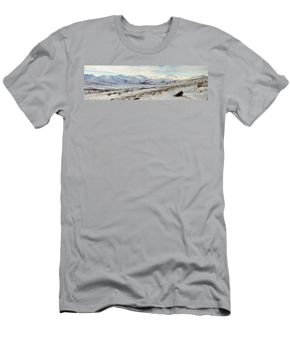 Alpine Men's T-Shirt (Athletic Fit) featuring the photograph Awesome Yukon Mountains by Stephan Pietzko