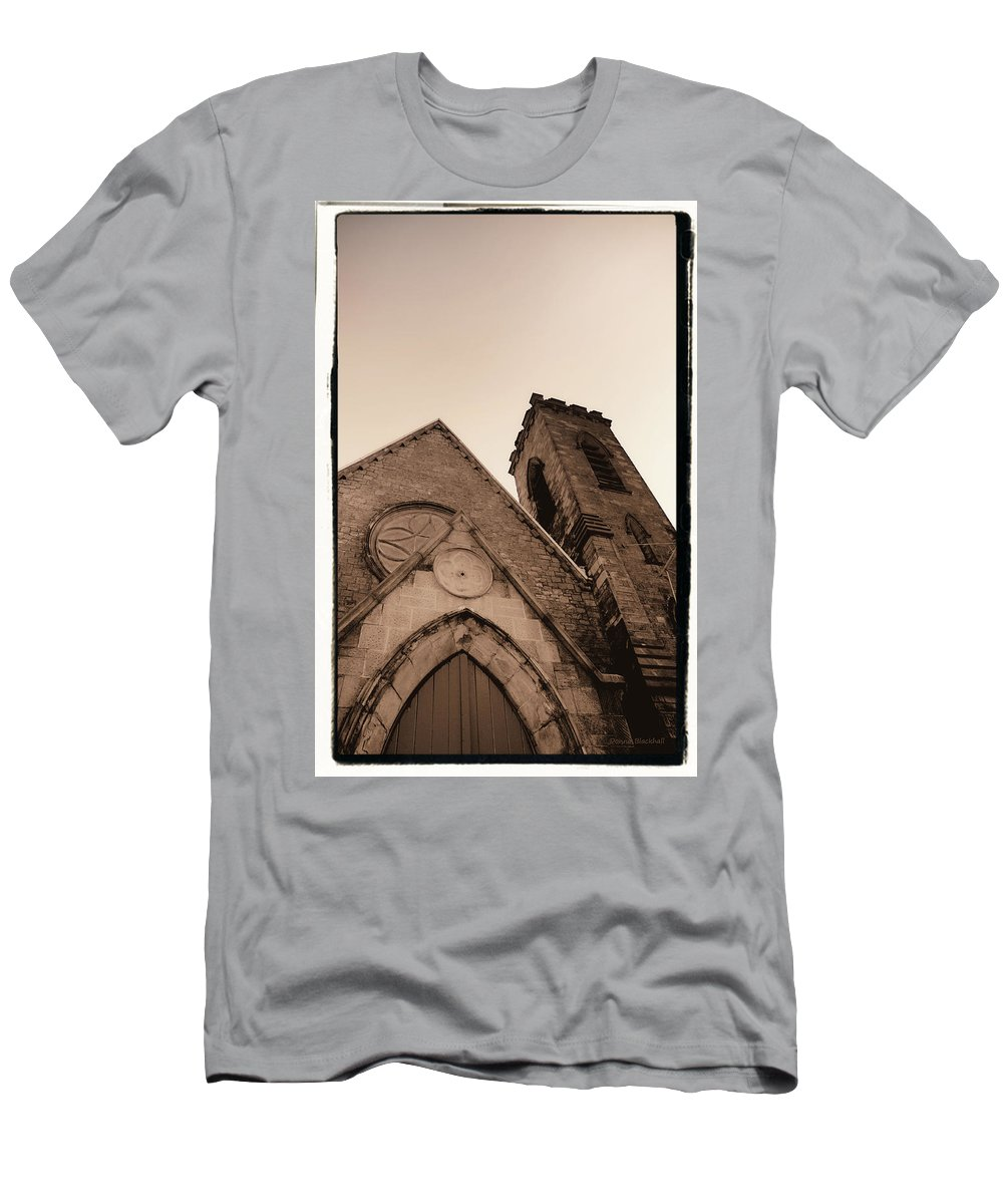 New York Men's T-Shirt (Athletic Fit) featuring the photograph Bell Tower by Donna Blackhall