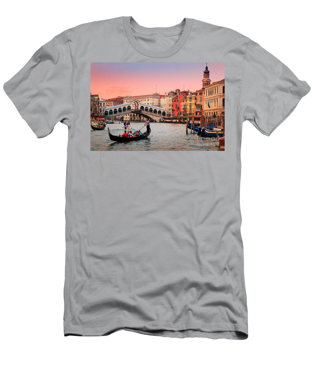 Canal Grande Men's T-Shirt (Athletic Fit) featuring the photograph La Bella Canal Grande by Inge Johnsson