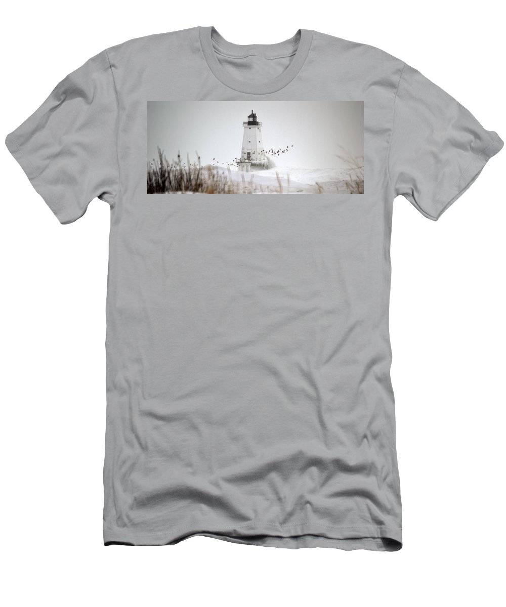 Birds Men's T-Shirt (Athletic Fit) featuring the photograph Birds And Lighthouse by Linda Kerkau