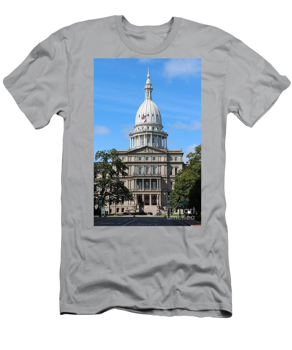 Lansing Men's T-Shirt (Athletic Fit) featuring the photograph Capital Building by Stephanie Kripa