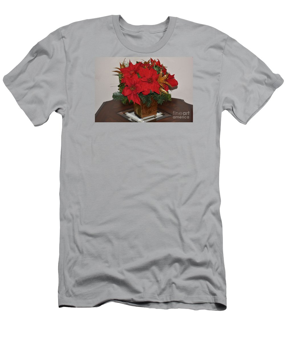 Christmas Centerpiece Print Men's T-Shirt (Athletic Fit) featuring the photograph Christmas Centerpiece by Ruth Housley