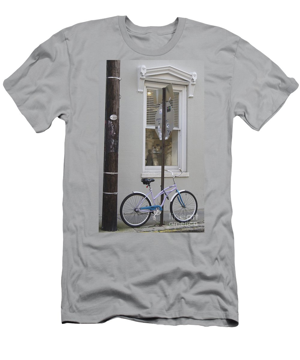 Scenic Tours Men's T-Shirt (Athletic Fit) featuring the photograph City Living by Skip Willits