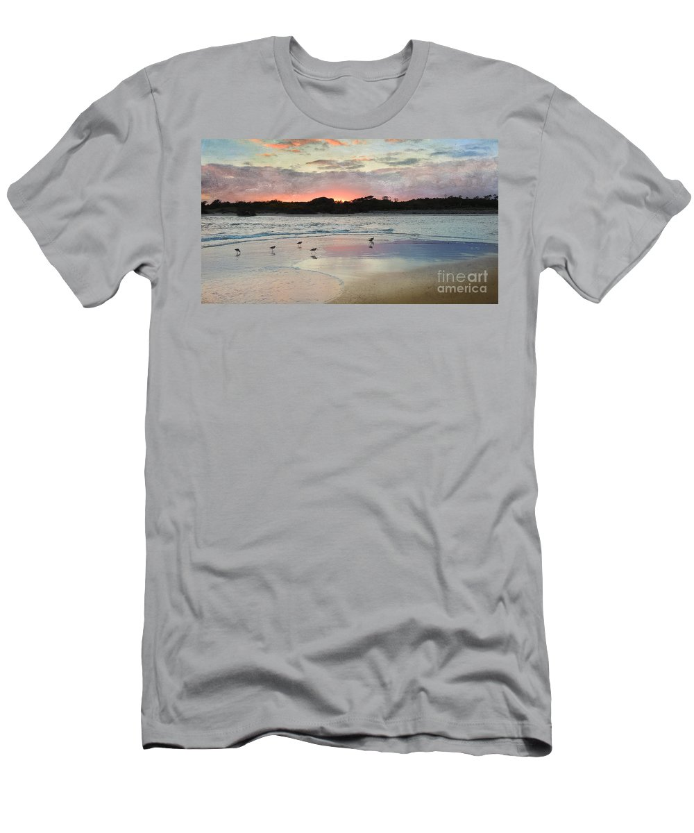 Myrtle Beach Men's T-Shirt (Athletic Fit) featuring the photograph Coastal Beauty by Betty LaRue