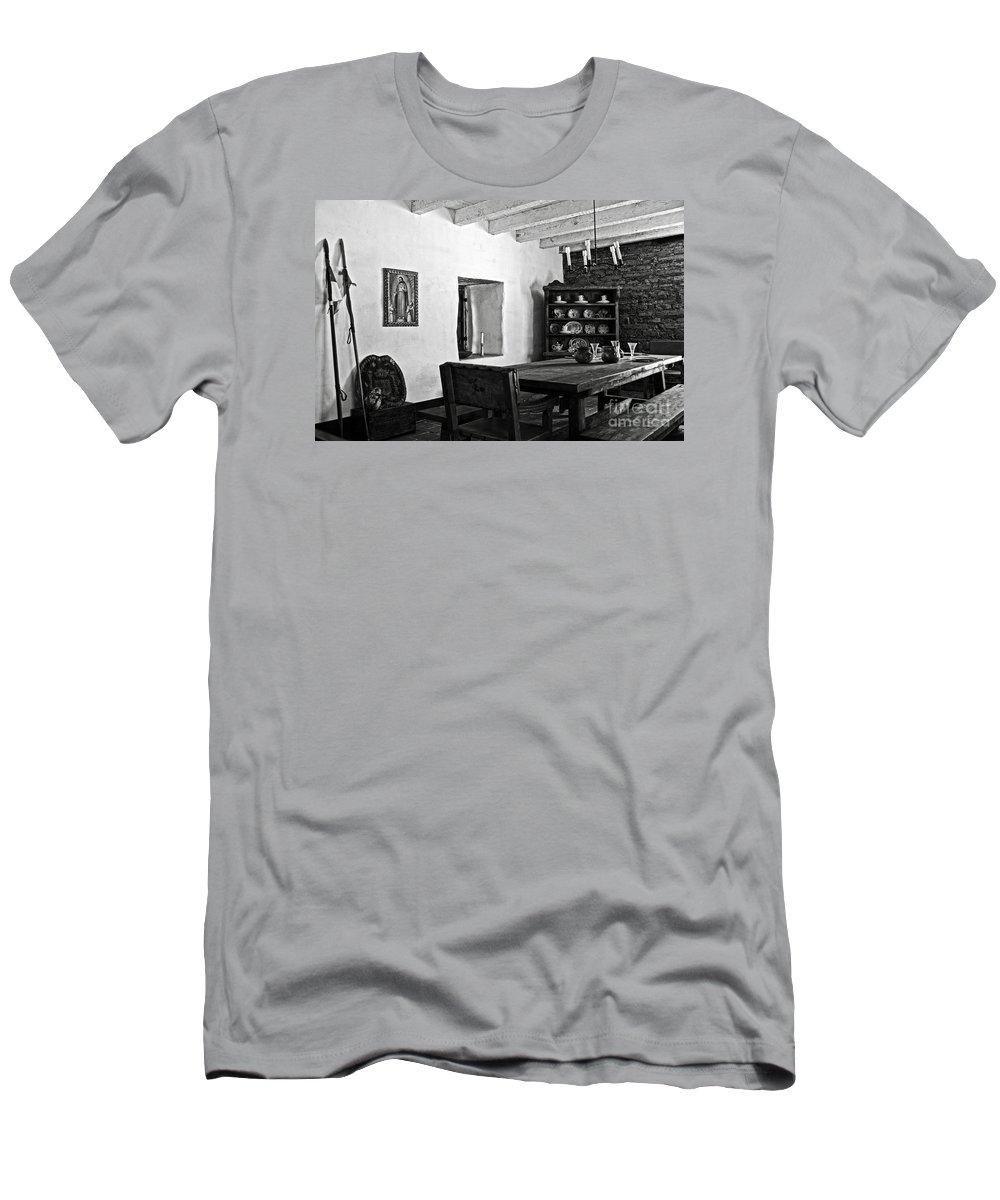 Presidio Men's T-Shirt (Athletic Fit) featuring the photograph Comandancia's Quarter In The Presidio Of Santa Barbara Bw by RicardMN Photography