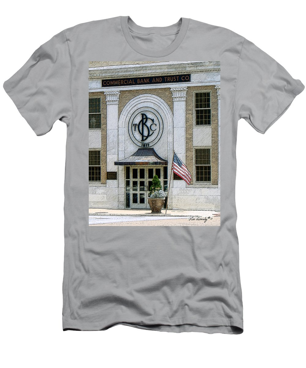 Windows On The Square Men's T-Shirt (Athletic Fit) featuring the photograph Commercial Bank And Trust by Lee Owenby