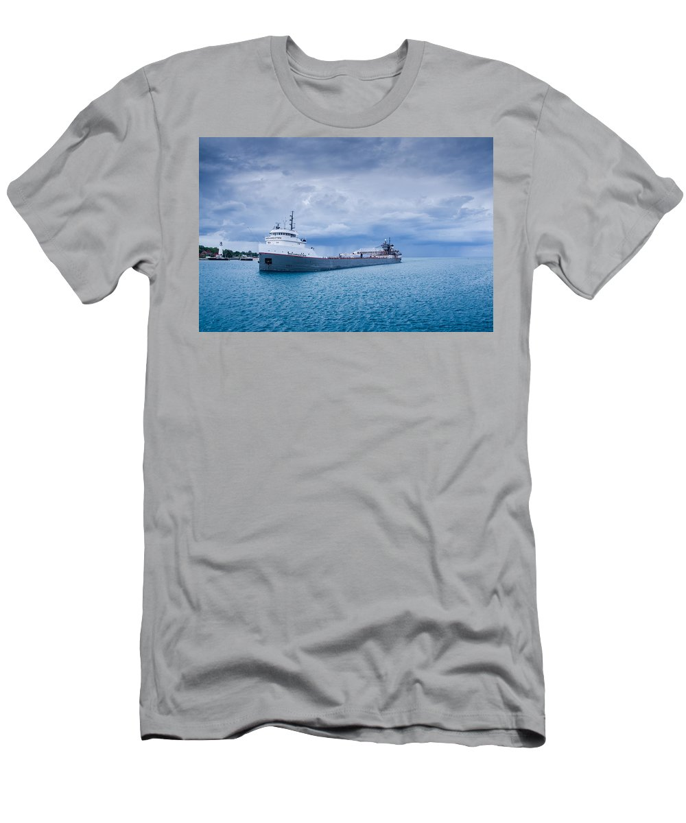 Fort Gratiot Lighthouse Men's T-Shirt (Athletic Fit) featuring the photograph Downbound by Gales Of November