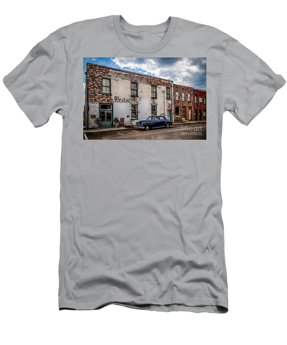 Weston Mo Men's T-Shirt (Athletic Fit) featuring the photograph Early 1950's Chevy by Terri Morris