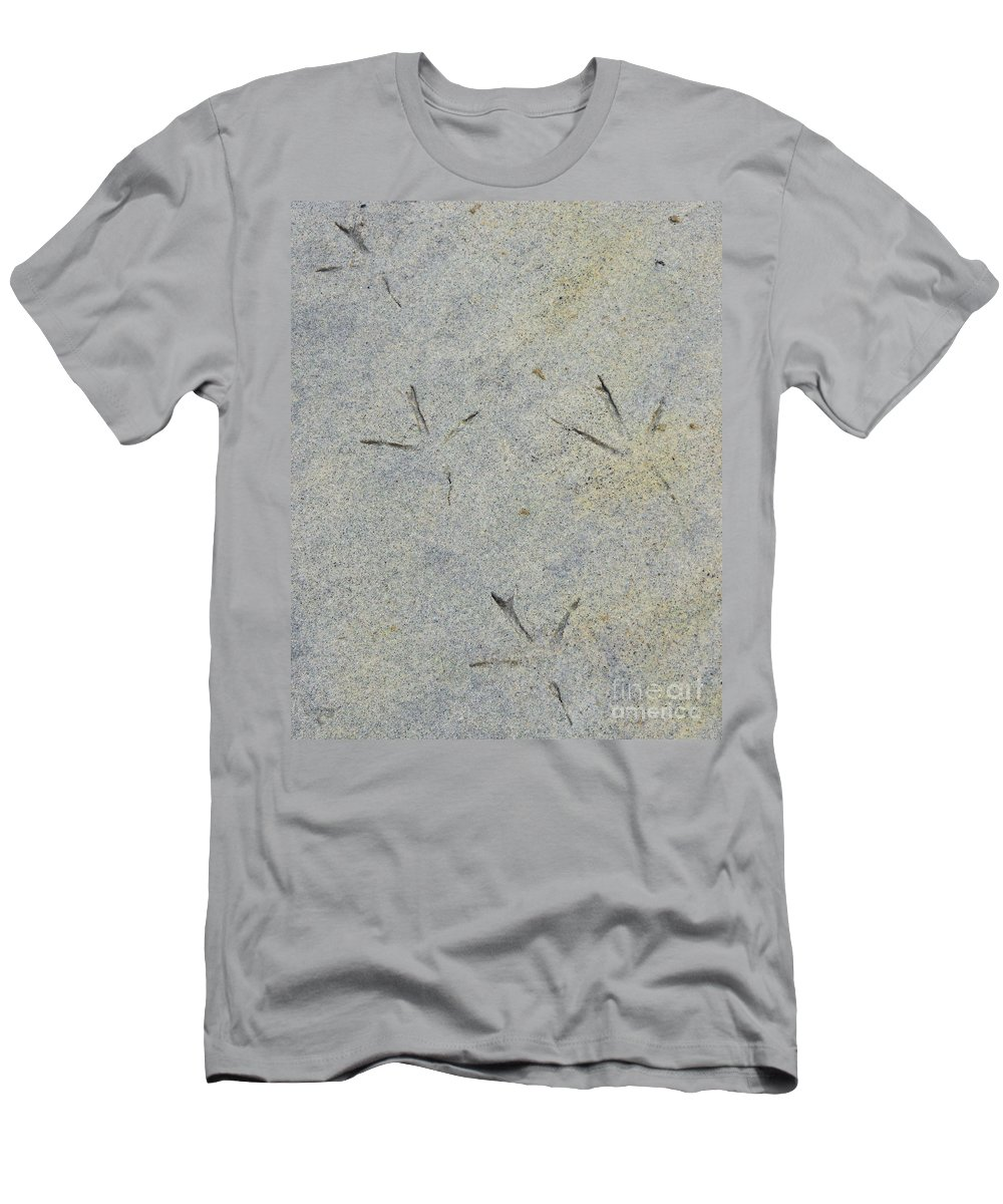 Bird Men's T-Shirt (Athletic Fit) featuring the photograph Fishermans Foot Prints by Nancy L Marshall
