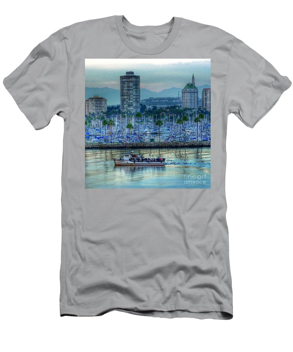 City Water Scene Men's T-Shirt (Athletic Fit) featuring the photograph Follow That Boat by Susan Garren