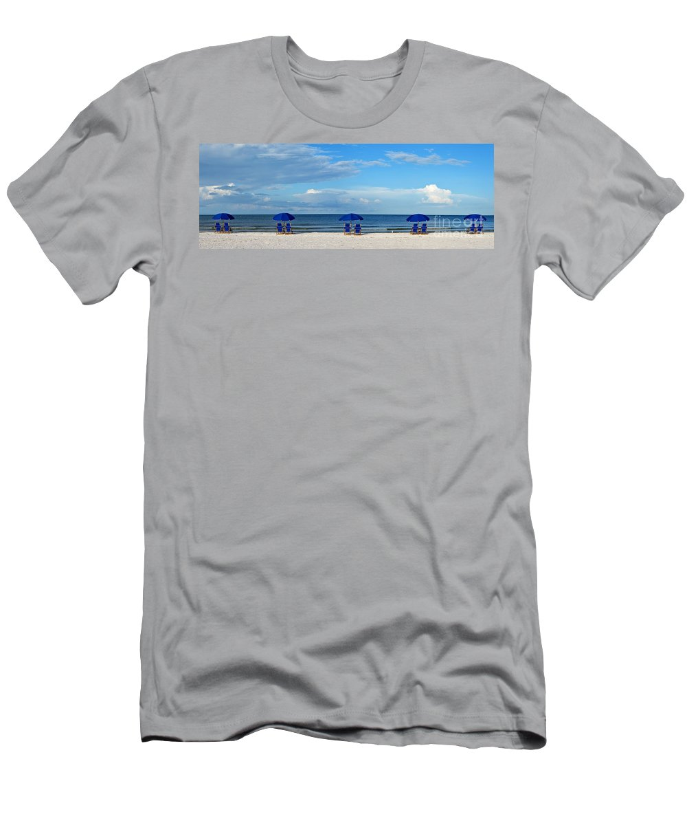 Beach Men's T-Shirt (Athletic Fit) featuring the photograph Ft Myers II by Bruce Bain