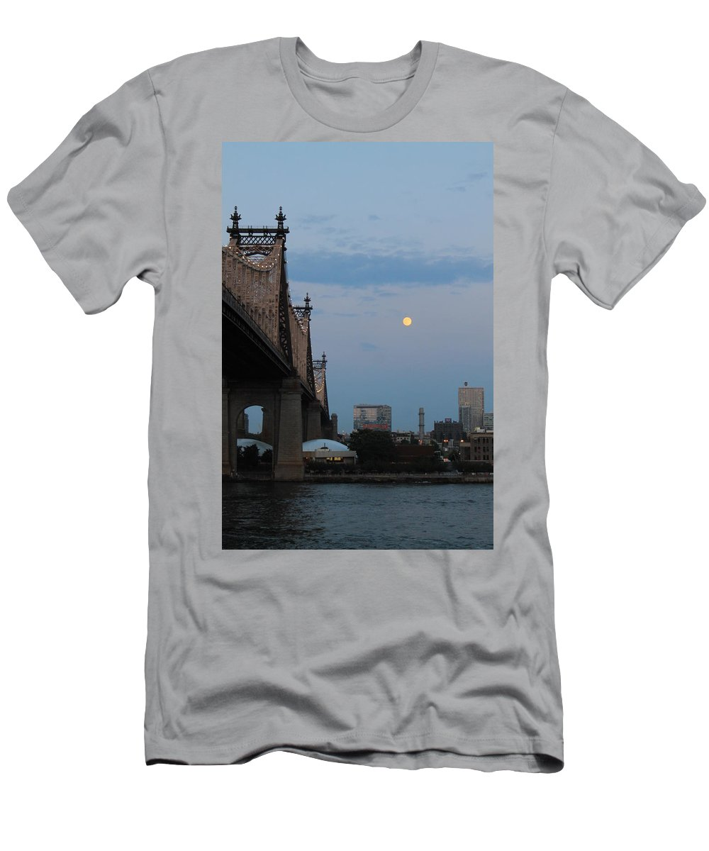 Queensboro Bridge Men's T-Shirt (Athletic Fit) featuring the photograph Full Moon In Queens by Catie Canetti