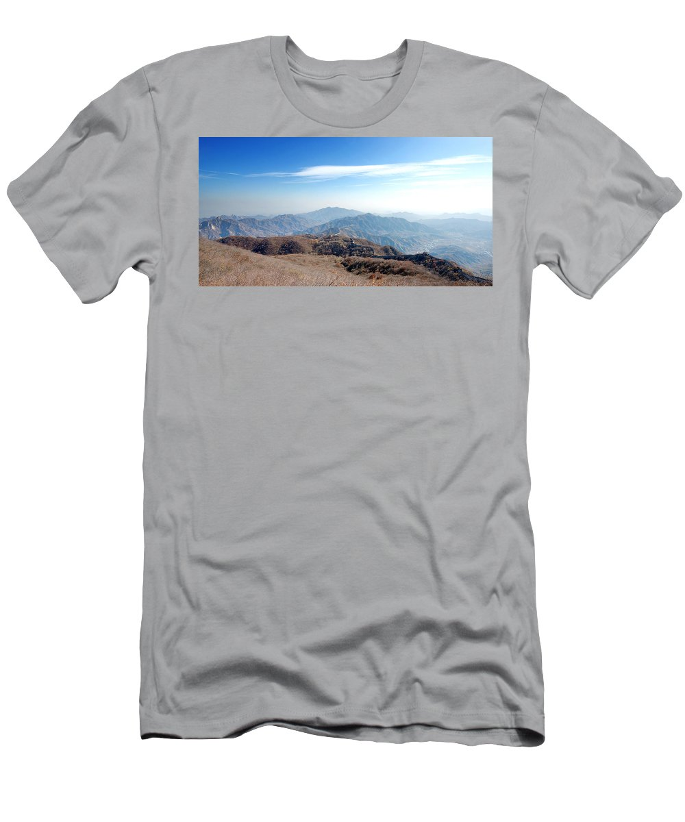 Great Wall Of China Men's T-Shirt (Athletic Fit) featuring the photograph Great Wall Of China - Mutianyu by Yew Kwang